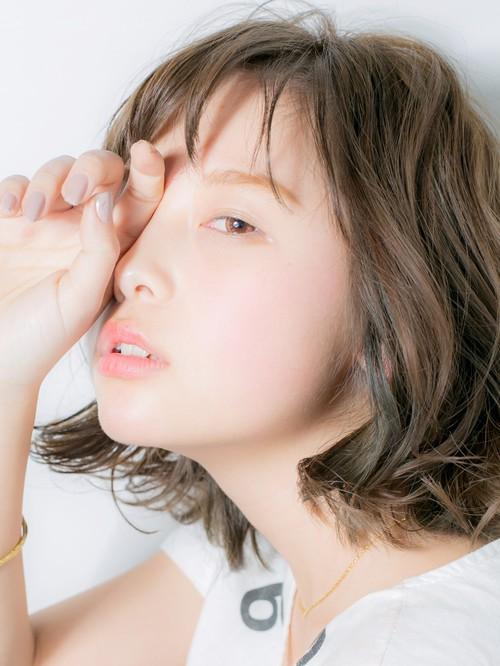 【Euphoria】抜け感×最旬カラーのオシャレボブ 担当しおん