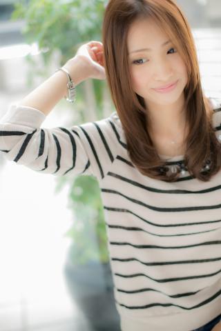 【Euphoria】センターパートで潤う美髪☆ベルベットストレート
