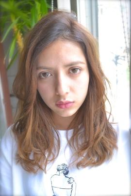 【Euphoria】外国人風セミディ 担当 森