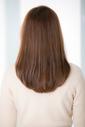 【Euphoria】グラマラスベージュのツヤとワンカールで大人愛されミディアムヘア♪