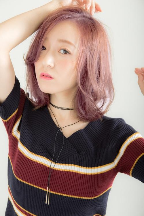 大人かわいいラベンダーピンクカラー×外ハネミディ☆黒田