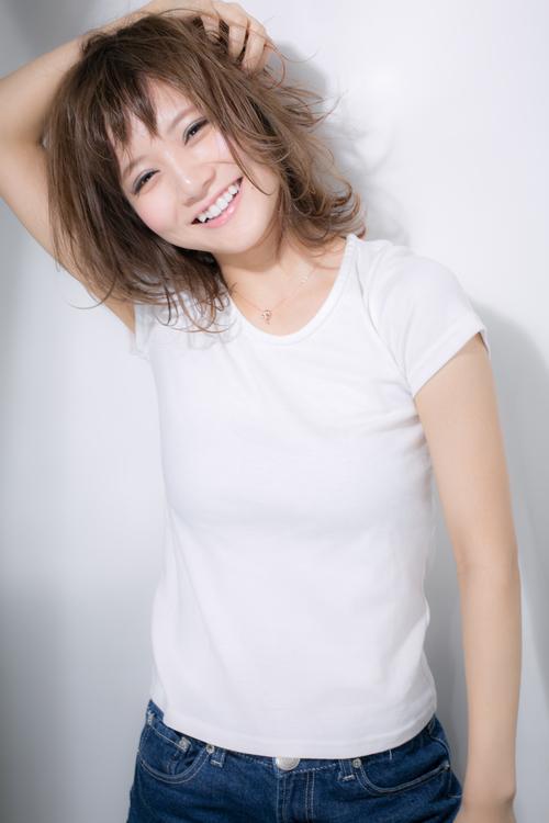 【Euphoria】ヘルシーな魅力とあどけない笑顔にときめきミディ☆
