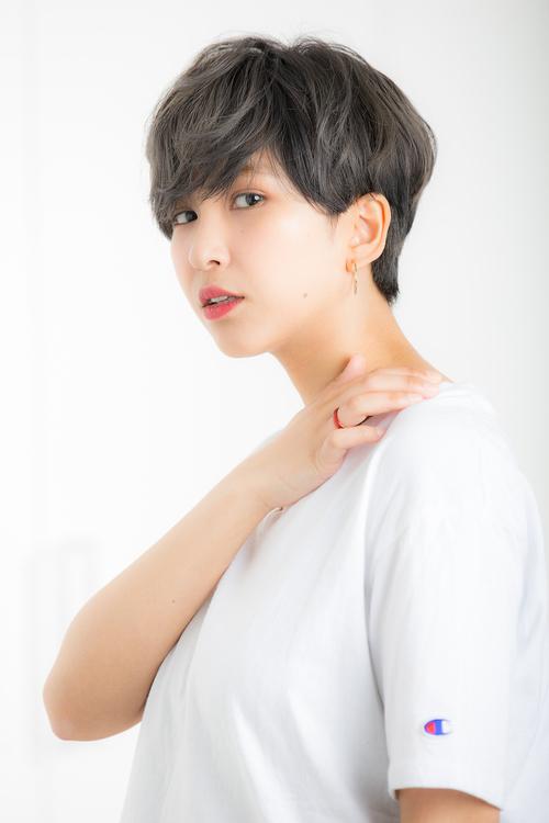 【Euphoria/三田淑絵】襟足スッキリネイビーブルーショート