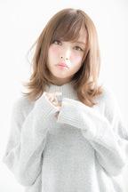 【Euphoria】ひし形シルエットが可愛い☆外ハネミディ